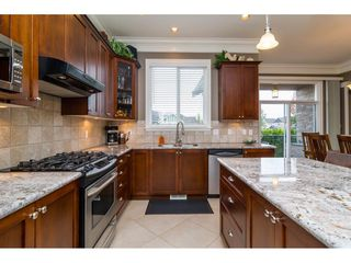 "Photo 6: 19624 69A Avenue in Langley: Willoughby Heights House for sale in ""Camden Park"" : MLS®# R2117058"