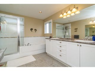 "Photo 10: 19624 69A Avenue in Langley: Willoughby Heights House for sale in ""Camden Park"" : MLS®# R2117058"