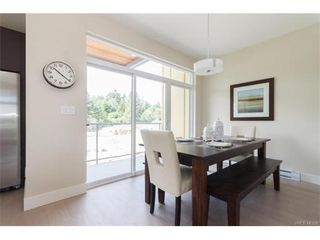 Photo 10: 11 235 Island Highway in VICTORIA: VR View Royal Townhouse for sale (View Royal)  : MLS®# 372262