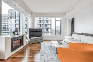 Photo 5: 2304 667 HOWE Street in Vancouver: Downtown VW Condo for sale (Vancouver West)  : MLS®# R2144239