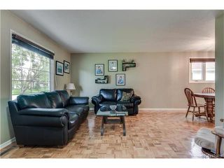 Photo 3: 46 Leeds Avenue in Winnipeg: Fort Richmond Residential for sale (1K)  : MLS®# 1713874