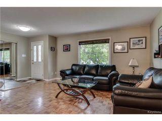 Photo 4: 46 Leeds Avenue in Winnipeg: Fort Richmond Residential for sale (1K)  : MLS®# 1713874
