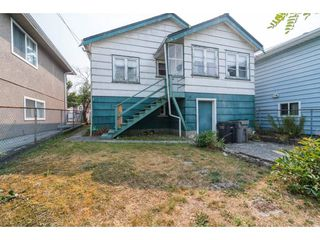 Photo 3: 3381 E 23RD Avenue in Vancouver: Renfrew Heights House for sale (Vancouver East)  : MLS®# R2196086
