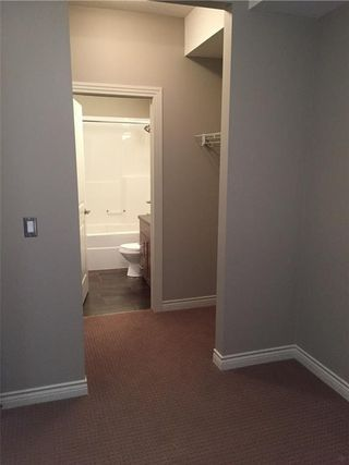 Photo 13:  in Calgary: Springbank Hill Condo for sale : MLS®# C4136490