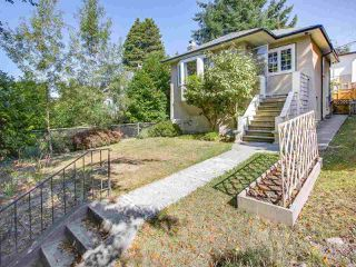 Photo 1: 4384 NANAIMO Street in Vancouver: Collingwood VE House for sale (Vancouver East)  : MLS®# R2202934