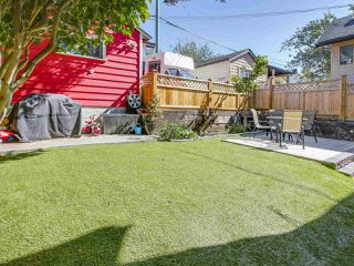 Photo 19: 4384 NANAIMO Street in Vancouver: Collingwood VE House for sale (Vancouver East)  : MLS®# R2202934