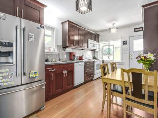 Photo 9: 4384 NANAIMO Street in Vancouver: Collingwood VE House for sale (Vancouver East)  : MLS®# R2202934