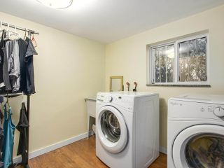 Photo 16: 4384 NANAIMO Street in Vancouver: Collingwood VE House for sale (Vancouver East)  : MLS®# R2202934
