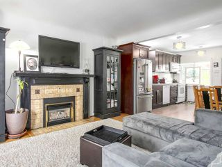 Photo 6: 4384 NANAIMO Street in Vancouver: Collingwood VE House for sale (Vancouver East)  : MLS®# R2202934