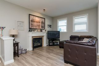 "Photo 3: 3 18087 70 Avenue in Surrey: Cloverdale BC Townhouse for sale in ""PROVINCETON"" (Cloverdale)  : MLS®# R2210473"