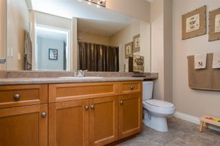 "Photo 16: 3 18087 70 Avenue in Surrey: Cloverdale BC Townhouse for sale in ""PROVINCETON"" (Cloverdale)  : MLS®# R2210473"