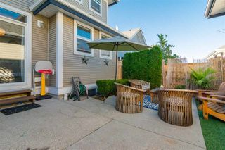 "Photo 18: 3 18087 70 Avenue in Surrey: Cloverdale BC Townhouse for sale in ""PROVINCETON"" (Cloverdale)  : MLS®# R2210473"