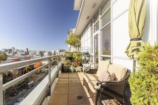 Photo 17: 806 63 W 2ND AVENUE in Vancouver: False Creek Condo for sale (Vancouver West)  : MLS®# R2215360