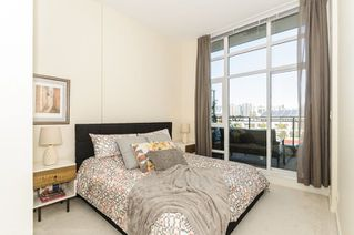 Photo 8: 806 63 W 2ND AVENUE in Vancouver: False Creek Condo for sale (Vancouver West)  : MLS®# R2215360