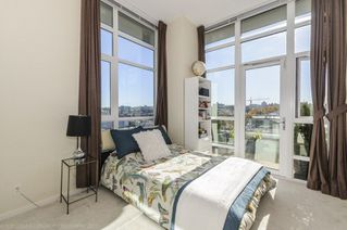 Photo 16: 806 63 W 2ND AVENUE in Vancouver: False Creek Condo for sale (Vancouver West)  : MLS®# R2215360