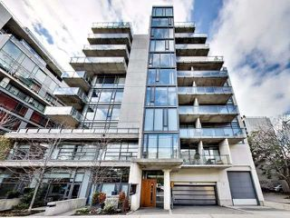 Photo 3: 10 Morrison St Unit #903 in Toronto: Waterfront Communities C1 Condo for sale (Toronto C01)  : MLS®# C3979007