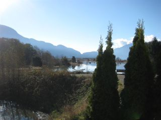 "Photo 1: 7 1204 MAIN Street in Squamish: Downtown SQ Townhouse for sale in ""Aqua"" : MLS®# R2221576"