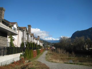 "Photo 11: 7 1204 MAIN Street in Squamish: Downtown SQ Townhouse for sale in ""Aqua"" : MLS®# R2221576"