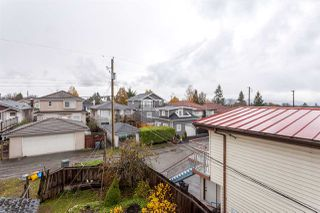 Photo 12: 4985 SHERBROOKE Street in Vancouver: Knight House for sale (Vancouver East)  : MLS®# R2223042