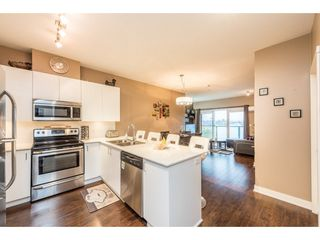 "Photo 3: 308 20460 DOUGLAS Crescent in Langley: Langley City Condo for sale in ""SERENADE"" : MLS®# R2234967"