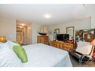 "Photo 13: 102 14824 NORTH BLUFF Road: White Rock Condo for sale in ""The Belaire"" (South Surrey White Rock)  : MLS®# R2247424"