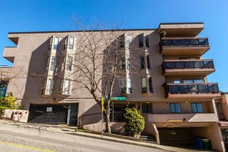 Photo 1: 302 45 FOURTH Street in New Westminster: Downtown NW Condo for sale : MLS®# R2248538