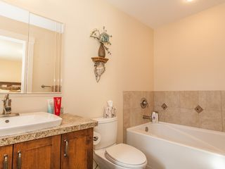 Photo 13: 4361 STONEWOOD PLACE in Uplands: House for sale : MLS®# 369869