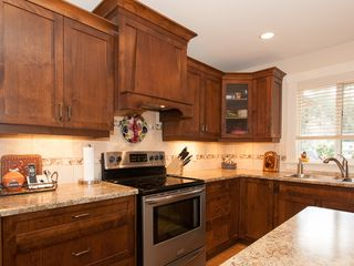 Photo 7: 4361 STONEWOOD PLACE in Uplands: House for sale : MLS®# 369869