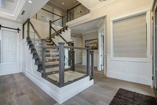 Photo 5: 9937 LYNDHURST Street in Burnaby: Oakdale House for sale (Burnaby North)  : MLS®# R2277083