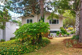 Photo 2: 1573 Arbordale Avenue in VICTORIA: SE Mt Doug Single Family Detached for sale (Saanich East)  : MLS®# 394691
