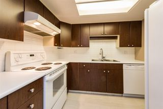 "Photo 7: 418 2915 GLEN Drive in Coquitlam: North Coquitlam Condo for sale in ""Glenborough"" : MLS®# R2289073"