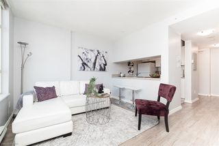 "Photo 3: 1806 438 SEYMOUR Street in Vancouver: Downtown VW Condo for sale in ""THE CONFERENCE PLAZA"" (Vancouver West)  : MLS®# R2289449"
