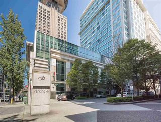 "Photo 17: 1806 438 SEYMOUR Street in Vancouver: Downtown VW Condo for sale in ""THE CONFERENCE PLAZA"" (Vancouver West)  : MLS®# R2289449"