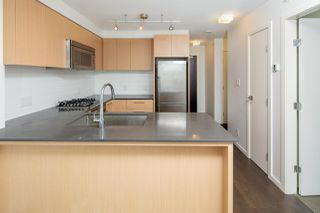 """Photo 4: 611 7988 ACKROYD Road in Richmond: Brighouse Condo for sale in """"QUINTET"""" : MLS®# R2294511"""
