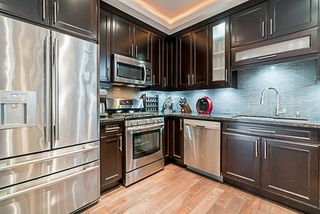 Photo 13: 3320 PHILLIPS Avenue in Burnaby: Government Road House for sale (Burnaby North)  : MLS®# R2303509