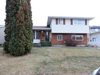 Main Photo: 3729 136A Avenue in Edmonton: Zone 35 House for sale : MLS®# E4134432