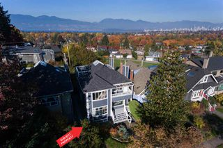 "Main Photo: 3475 W 18TH Avenue in Vancouver: Dunbar House for sale in ""DUNBAR"" (Vancouver West)  : MLS®# R2321816"