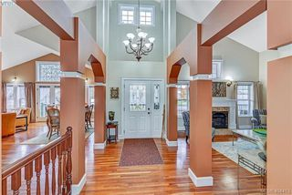 Photo 2: 112 Gibraltar Bay Dr in VICTORIA: VR View Royal Single Family Detached for sale (View Royal)  : MLS®# 803555