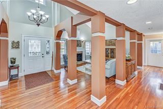 Photo 11: 112 Gibraltar Bay Dr in VICTORIA: VR View Royal Single Family Detached for sale (View Royal)  : MLS®# 803555