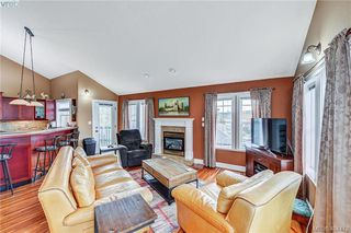 Photo 5: 112 Gibraltar Bay Dr in VICTORIA: VR View Royal Single Family Detached for sale (View Royal)  : MLS®# 803555