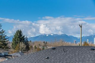 Photo 3: 5111 ELSOM Avenue in Burnaby: Forest Glen BS House for sale (Burnaby South)  : MLS®# R2347478