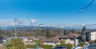 Photo 4: 5111 ELSOM Avenue in Burnaby: Forest Glen BS House for sale (Burnaby South)  : MLS®# R2347478