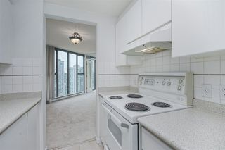 """Photo 11: 2402 1155 HOMER Street in Vancouver: Yaletown Condo for sale in """"CITY CREST"""" (Vancouver West)  : MLS®# R2348224"""