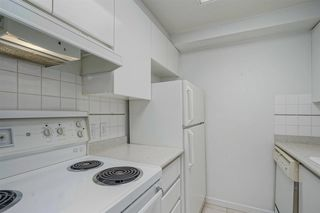"Photo 9: 2402 1155 HOMER Street in Vancouver: Yaletown Condo for sale in ""CITY CREST"" (Vancouver West)  : MLS®# R2348224"
