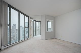 "Photo 3: 2402 1155 HOMER Street in Vancouver: Yaletown Condo for sale in ""CITY CREST"" (Vancouver West)  : MLS®# R2348224"