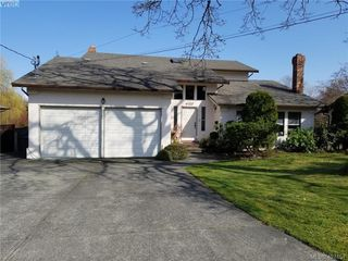Photo 1: 1225 Chapman Rd in VICTORIA: ML Cobble Hill Single Family Detached for sale (Malahat & Area)  : MLS®# 728445