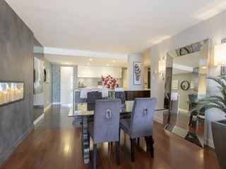 """Photo 10: 605 1490 PENNYFARTHING Drive in Vancouver: False Creek Condo for sale in """"Harbour Cove Three"""" (Vancouver West)  : MLS®# R2352893"""