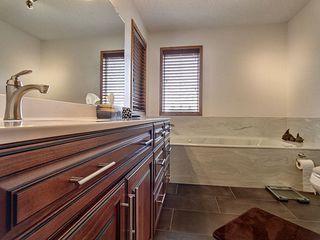 Photo 15: 114 Kulawy Drive SE in Edmonton: Zone 29 House for sale : MLS®# E4152873