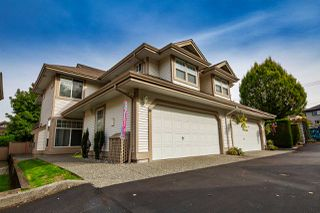 "Photo 1: 60 9025 216 Street in Langley: Walnut Grove Townhouse for sale in ""Coventry Woods"" : MLS®# R2361069"