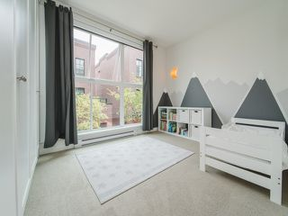 "Photo 11: 3439 PORTER Street in Vancouver: Victoria VE Townhouse for sale in ""MASON"" (Vancouver East)  : MLS®# R2361798"